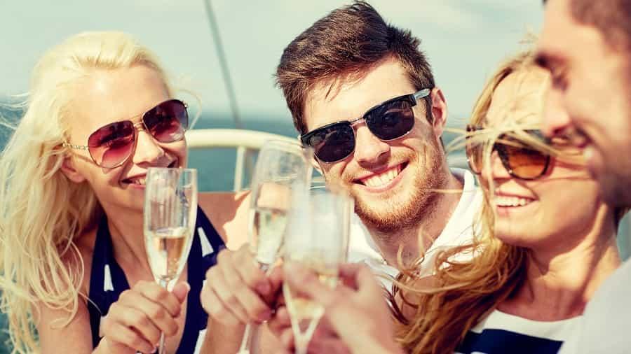 Resultado de imagen para cruceros para solteros